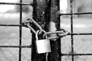 fence-1644822_640